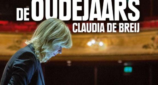 Claudia de Breij signeert in het wild