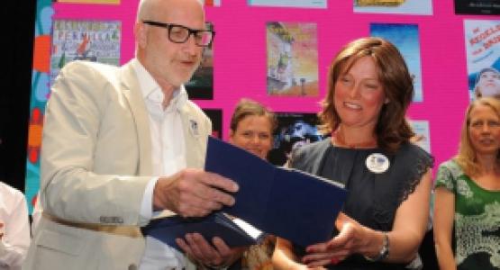 Sammie en opa van Enne Koens bekroond met een Vlag en Wimpel