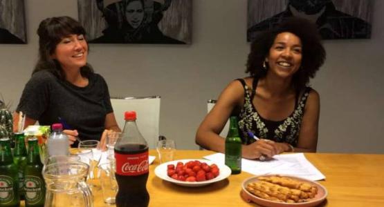Simone Atangana Bekono op de Nacht van de Poëzie 2017