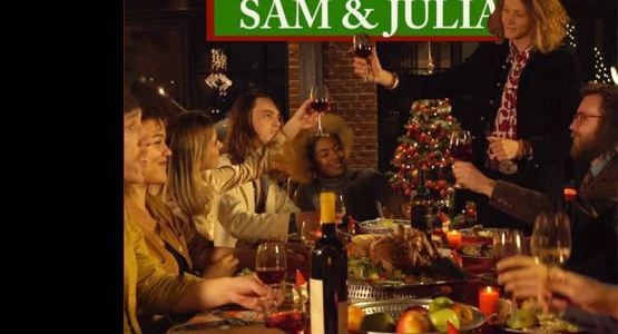 Catching Up With Christmas - Sam en Julia