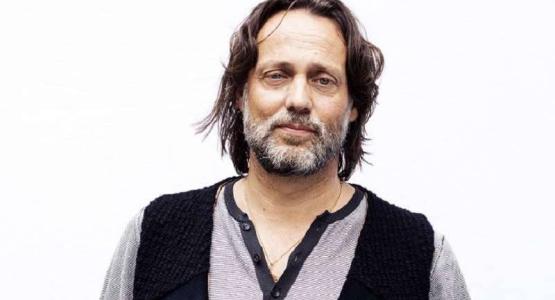 Terugkijken: Hugo Borst bij Jinek over theaterstuk 'Ma'