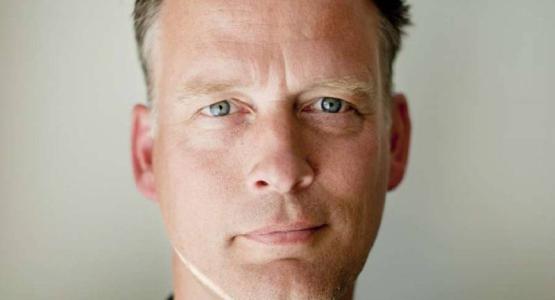 Nieuwe columnreeks Erik Jan Harmens in Trouw: 'Mijn gedachten zijn vaker donker dan licht'