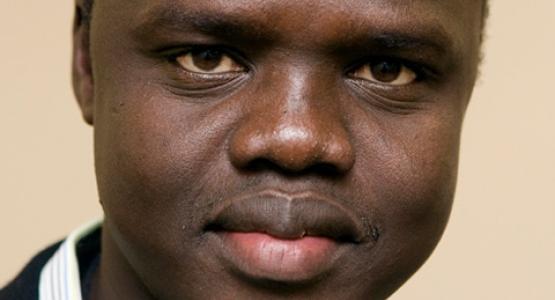 Valentino Achak Deng - hoofdpersoon in Eggers' 'Wat is de Wat?' - wordt Minister van Onderwijs