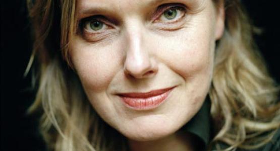 Erik Jan Harmens interviewt Dichter des Vaderlands Anne Vegter