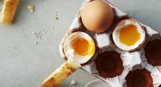 Het perfect gekookte eitje volgens ontbijtexpert Mara Grimm