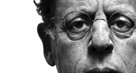 Philip Glass wint Chicago Tribune Literary Award