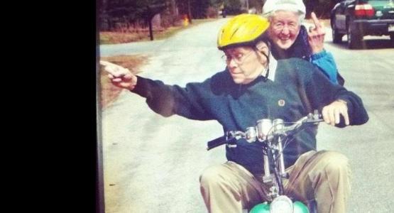 Vergeet fietsen op de Wadden. Kom 'Around the rug!'