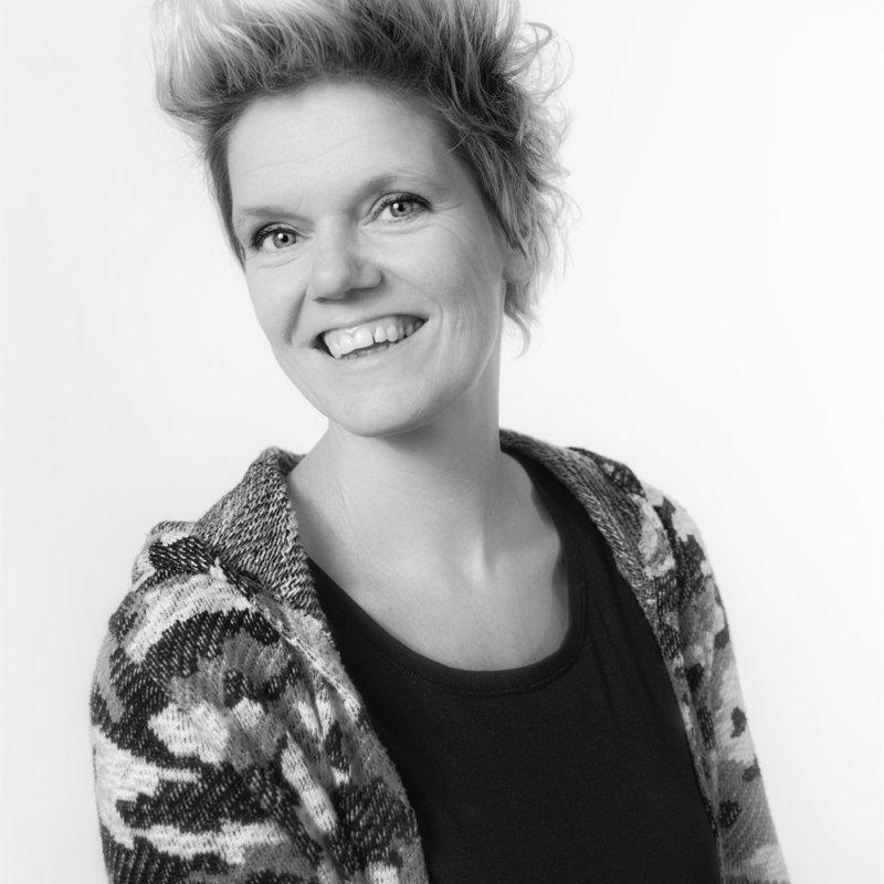 Auteur: Karin Luttenberg