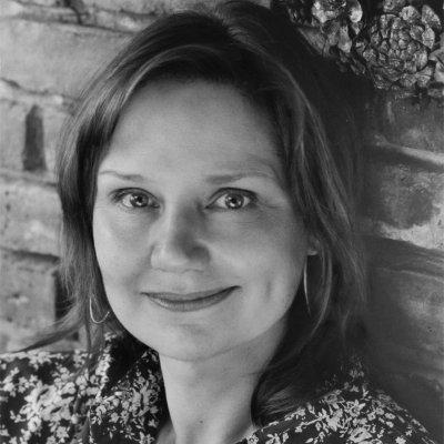 Auteur: Mary-Beth Hughes