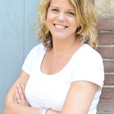 Auteur: Brenda Hoff