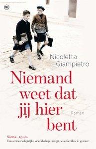 Paperback: Niemand weet dat jij hier bent - Nicoletta Giampietro