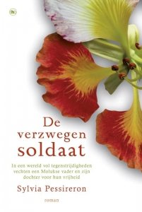 Paperback: De verzwegen soldaat - Sylvia Pessireron