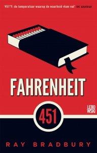 Paperback: Fahrenheit 451 - Ray Bradbury