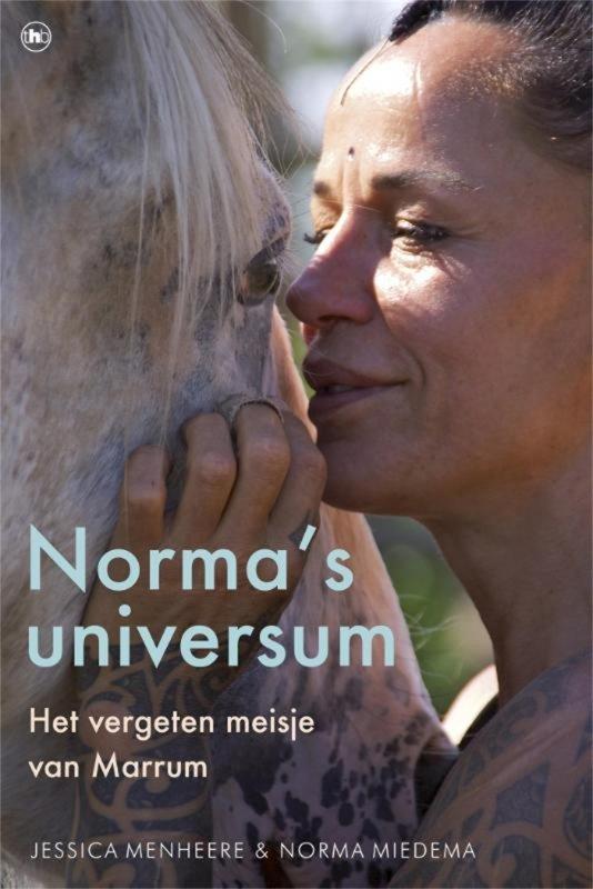 Jessica Menheere - Norma s universum